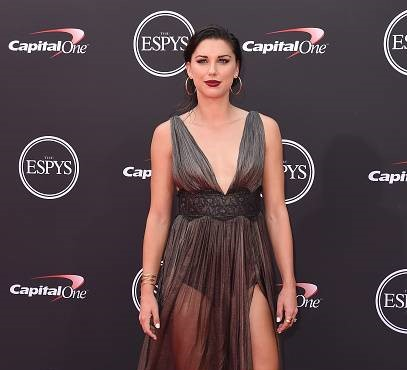 Alex Morgan expresses her views while receiving the ESPY award 2019