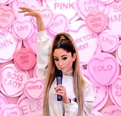 Ariana Grande raises awareness against Marcus Hyde misconduct claims
