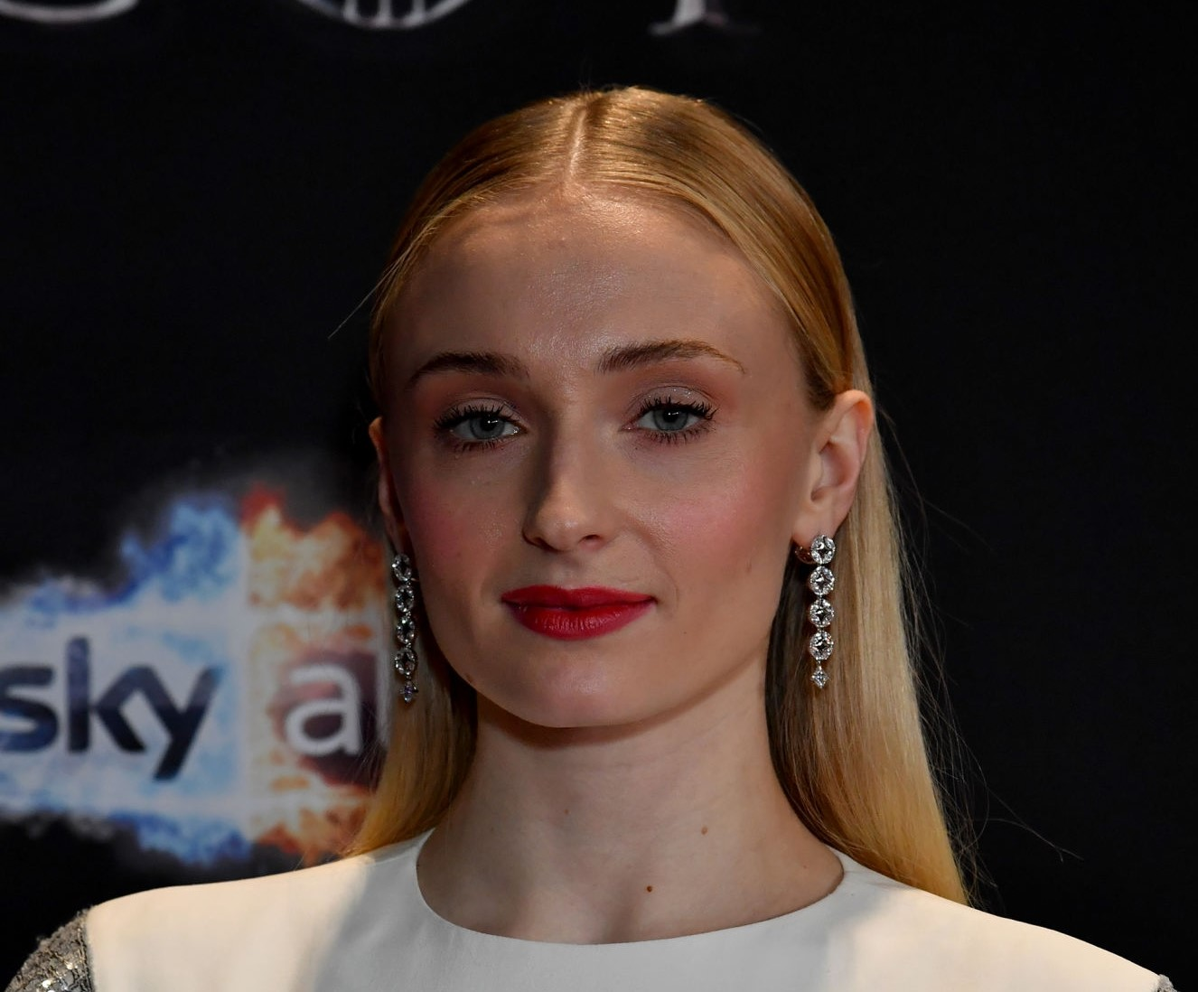 'Game of throne' Sophie Turner shows the glimpse of her diamond wedding ring