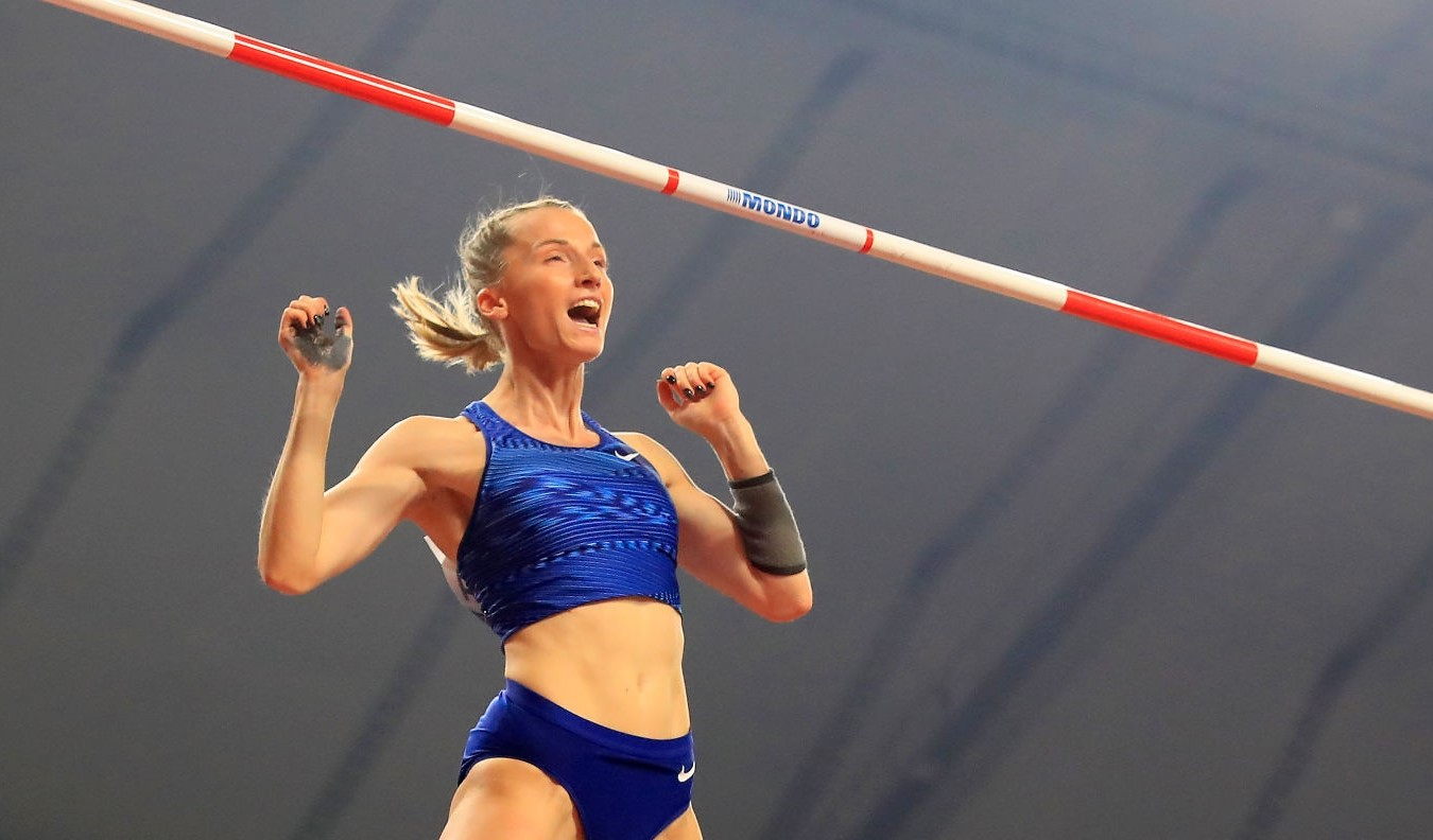 Anzhelika Sidovora secures word title for women's pole vault