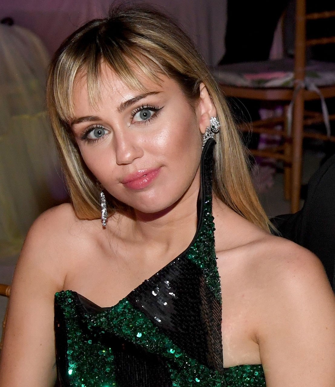 Miley Cyrus to post a confusing message after ending her relationships