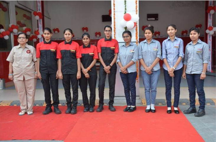 Mahindra & Mahindra introduces India's 1st Women Operated Workshop