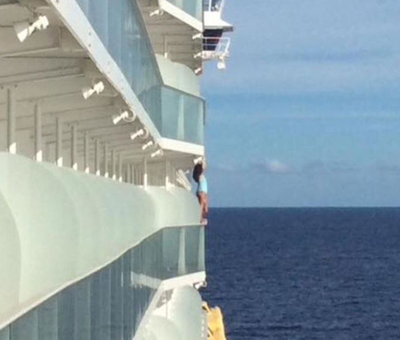 Selfie craze barred woman for life from a cruise line