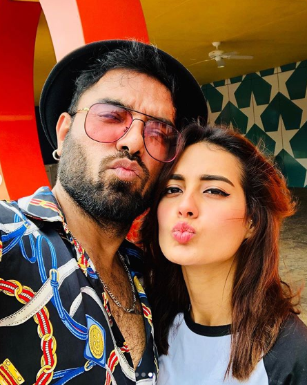 Iqra Aziz and Yasir Hussain together on an enchanting holiday