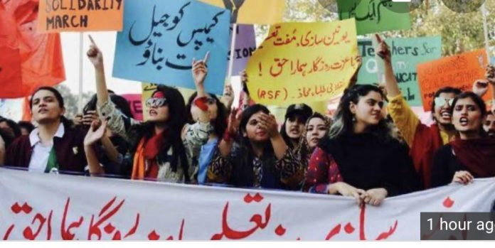 Student Solidarity March: PM Imran Khan and Police on a different page?