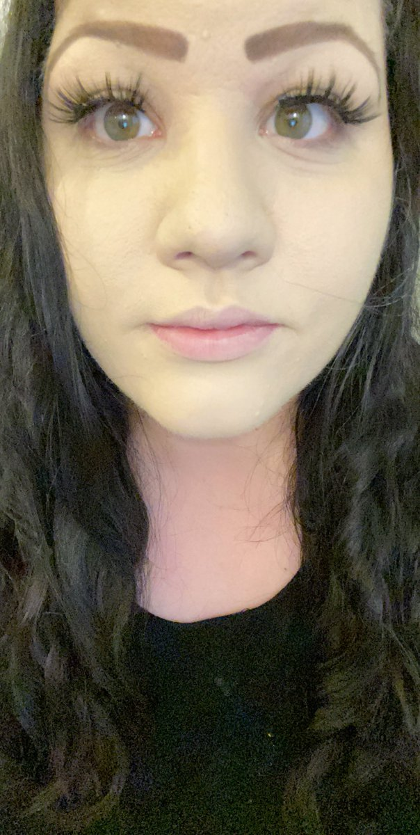 Woman foundation results compared to jaundice after help from makeup consultant