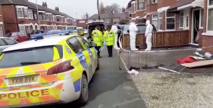 8-year-old girl and a man died in a house fire in Hull